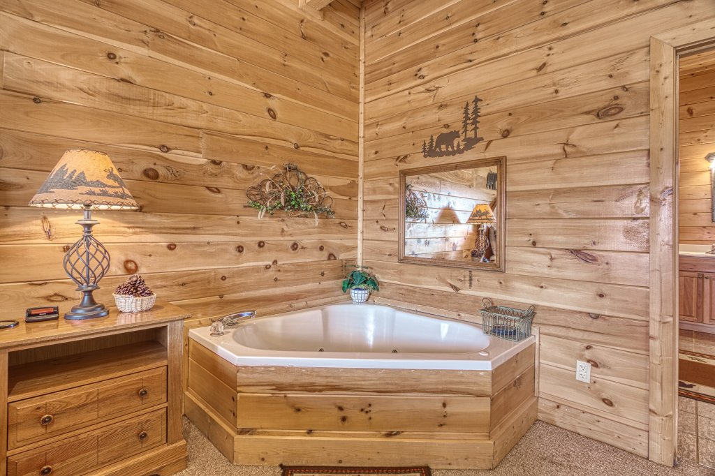 Photo of a Sevierville Cabin named Absolutely Wonderful #304 - This is the forty-seventh photo in the set.
