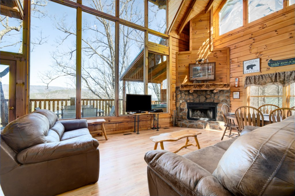 Photo of a Sevierville Cabin named Angel's View #30 - This is the first photo in the set.