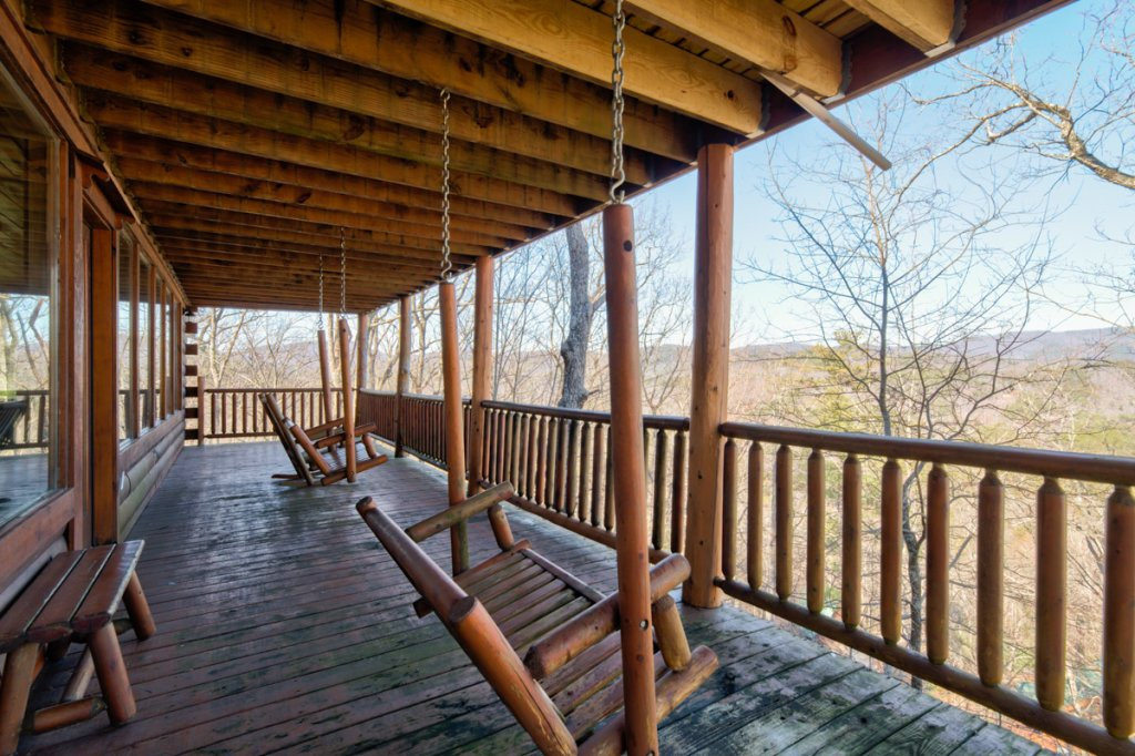 Photo of a Sevierville Cabin named Angel's View #30 - This is the sixteenth photo in the set.