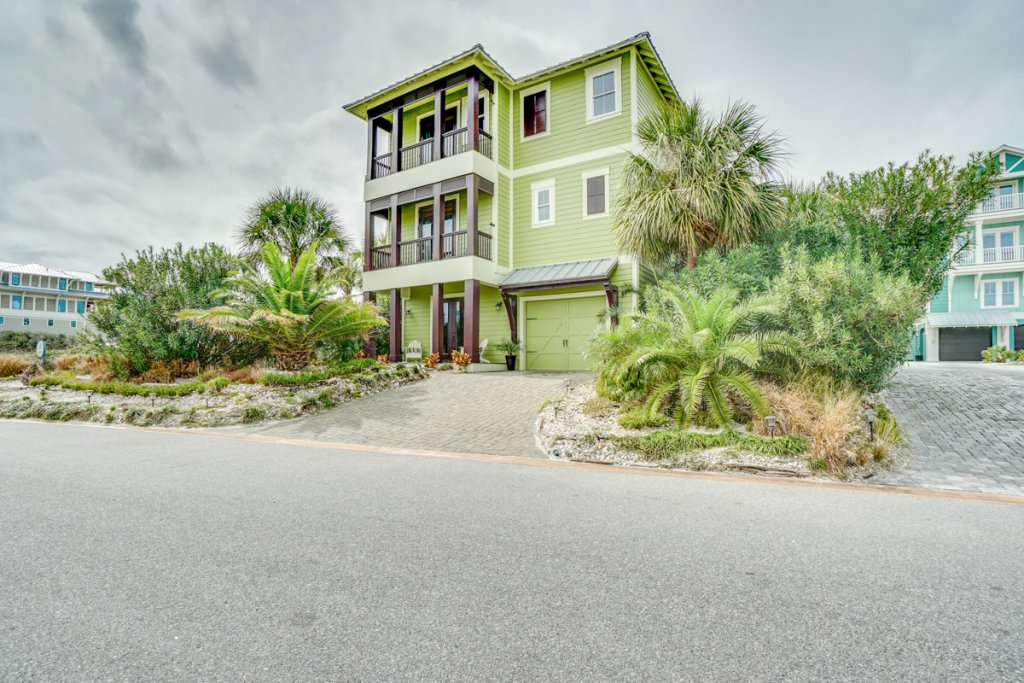 Photo of a Cape San Blas House named Private Oasis - This is the second photo in the set.