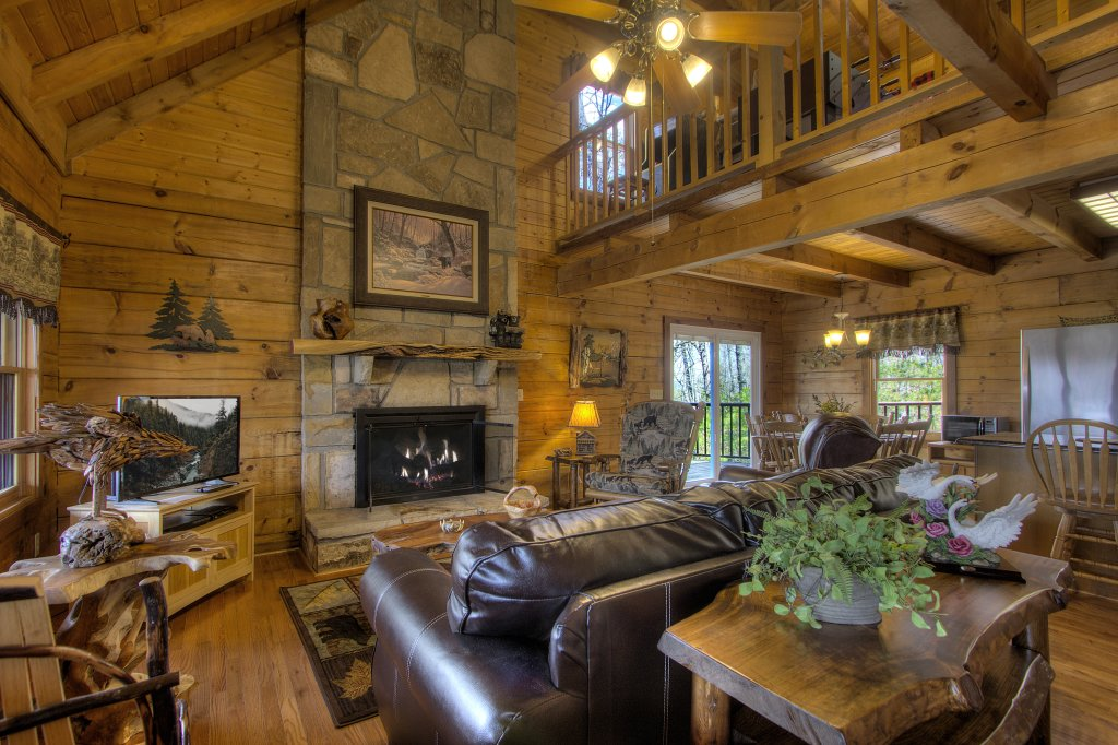 Photo of a Gatlinburg Cabin named Almost Heaven #205 - This is the fourth photo in the set.