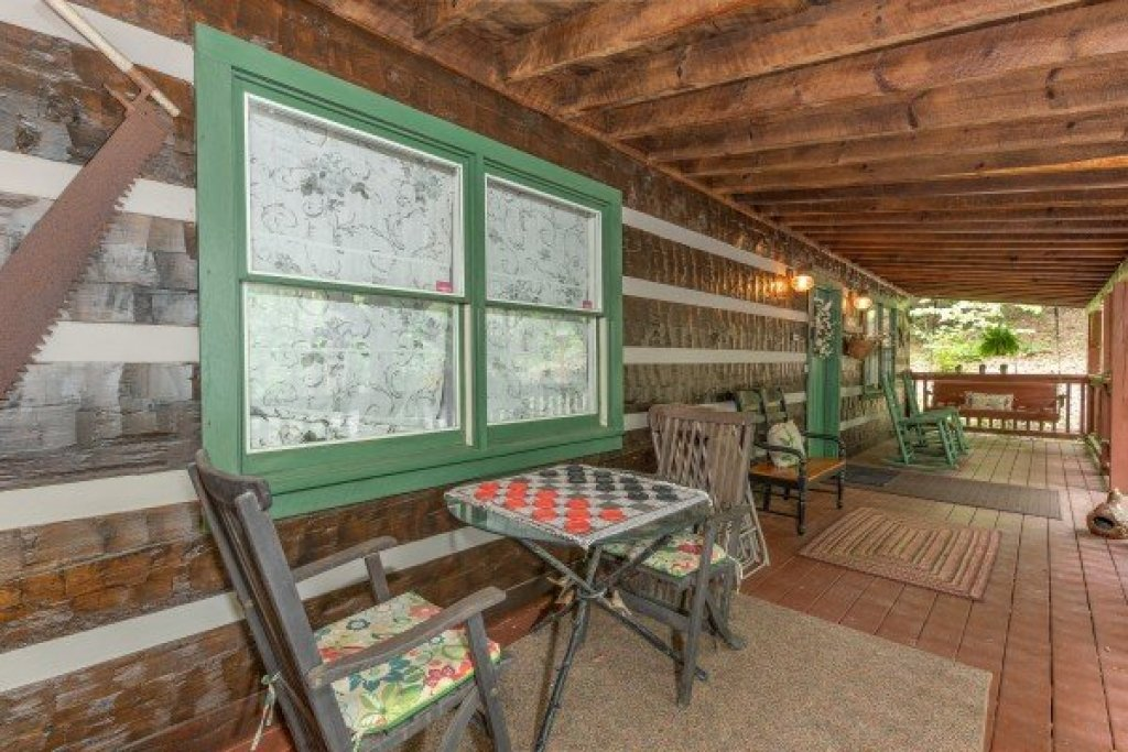 Photo of a Sevierville Cabin named The Lodge At Paradise Falls - This is the seventh photo in the set.