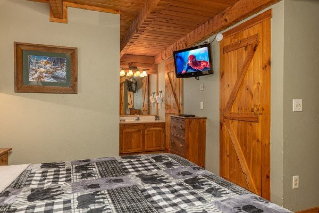 Photo of a Sevierville Cabin named Golden Memories - This is the ninth photo in the set.