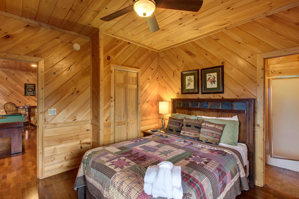 Photo of a Sevierville Cabin named Inspiration Point Cabin - This is the twenty-second photo in the set.