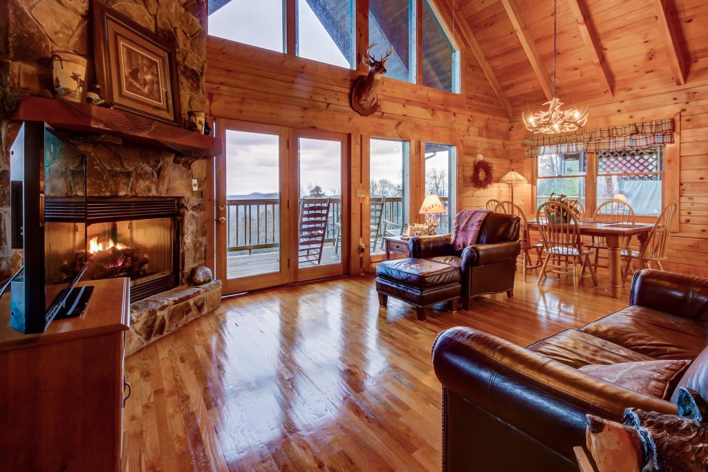 Photo of a Sevierville Cabin named A Point Of View Cabin - This is the thirty-fifth photo in the set.