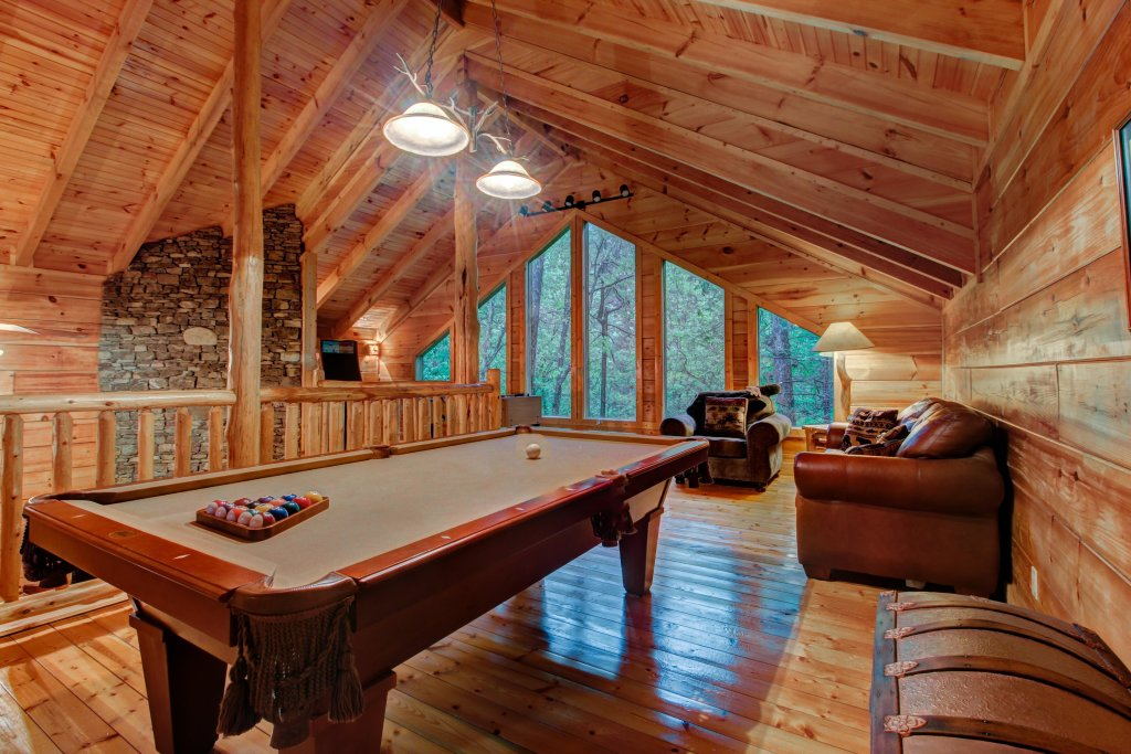 Photo of a Sevierville Cabin named Serenity Cabin - This is the fifth photo in the set.