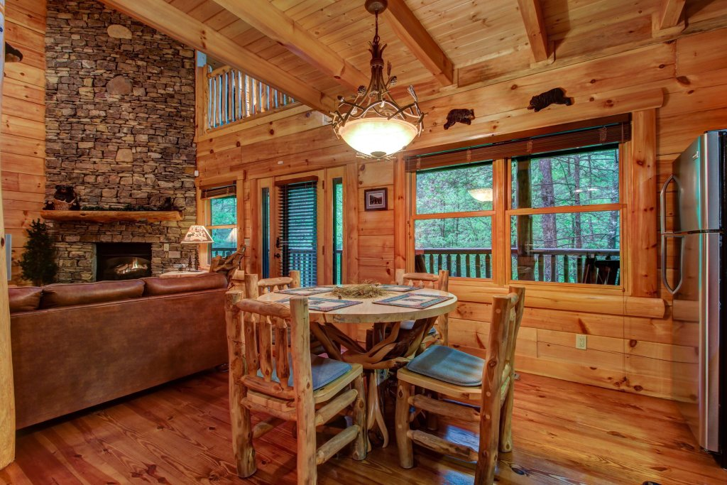 Photo of a Sevierville Cabin named Serenity Cabin - This is the thirty-fifth photo in the set.