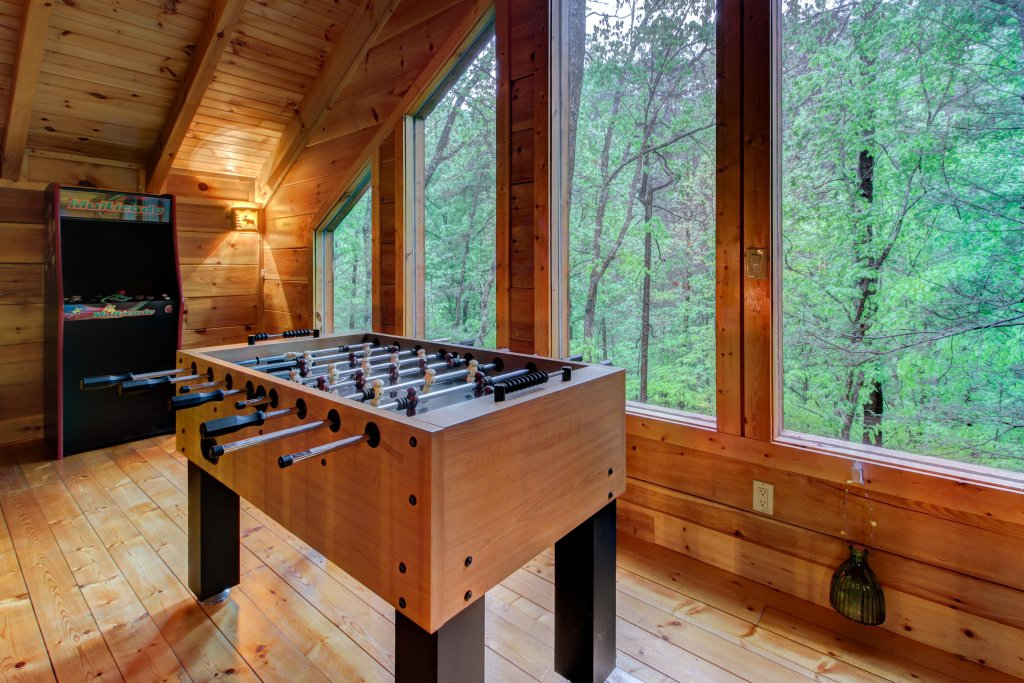 Photo of a Sevierville Cabin named Serenity Cabin - This is the ninth photo in the set.