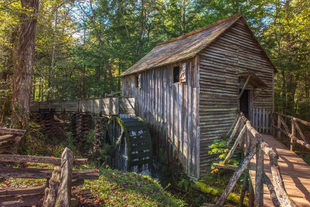 Photo of a Sevierville Cabin named Serenity Cabin - This is the fiftieth photo in the set.