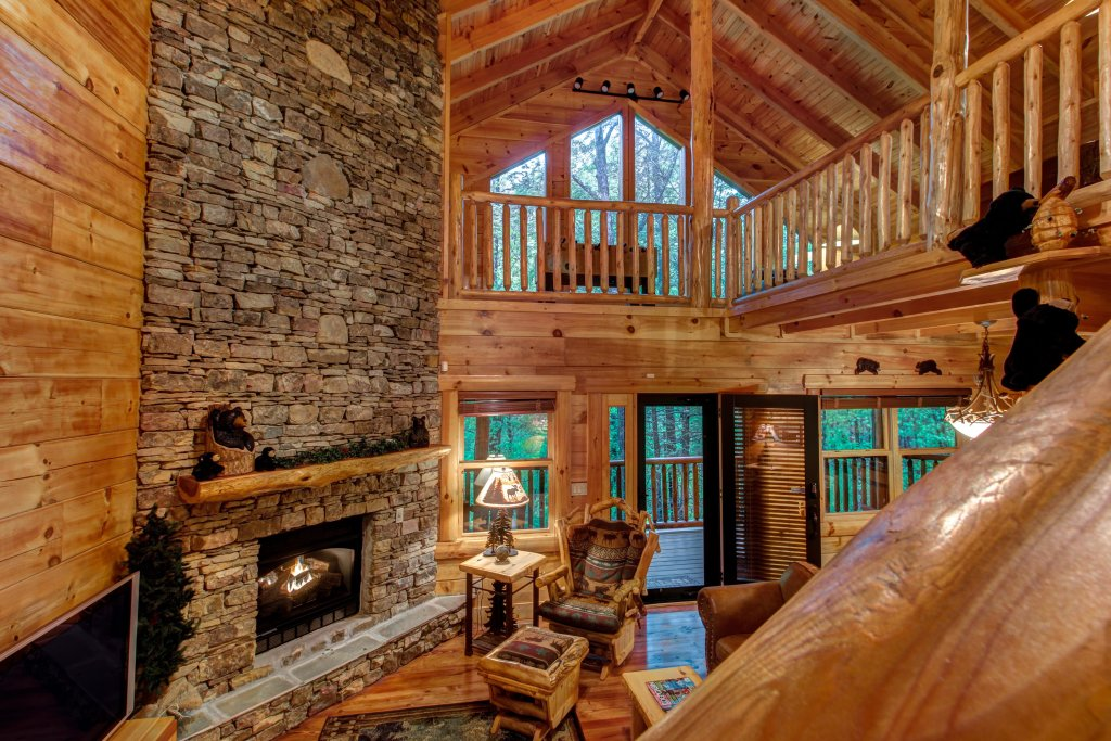 Photo of a Sevierville Cabin named Serenity Cabin - This is the thirty-first photo in the set.