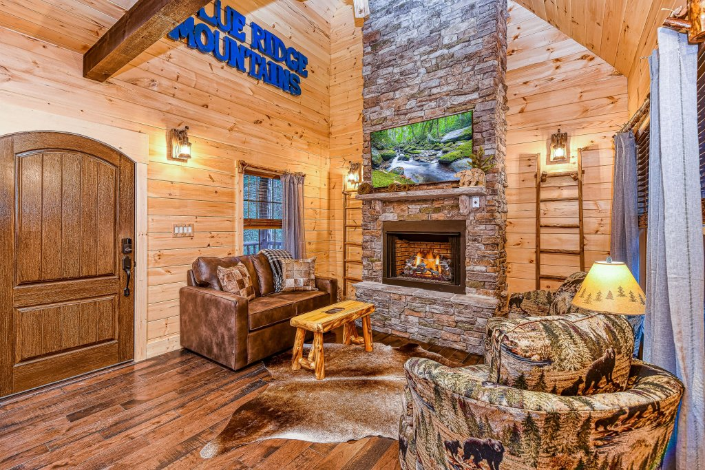 Photo of a Gatlinburg Cabin named The Blue Spruce - This is the fifth photo in the set.