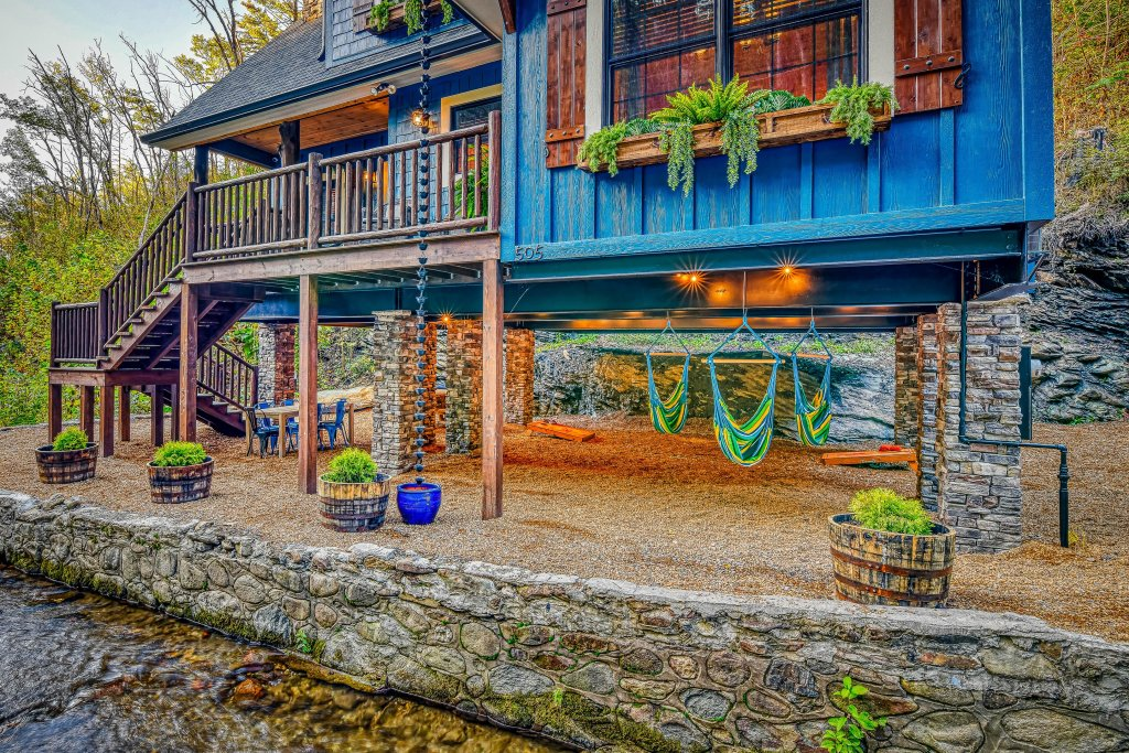 Photo of a Gatlinburg Cabin named The Blue Spruce - This is the fortieth photo in the set.