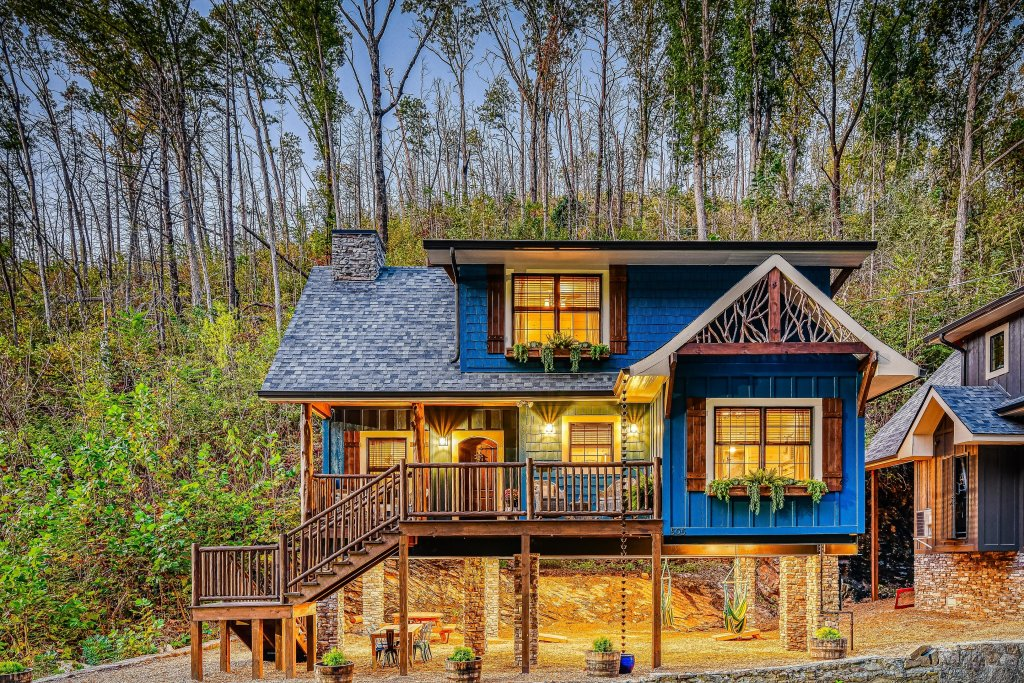 Photo of a Gatlinburg Cabin named The Blue Spruce - This is the forty-fourth photo in the set.