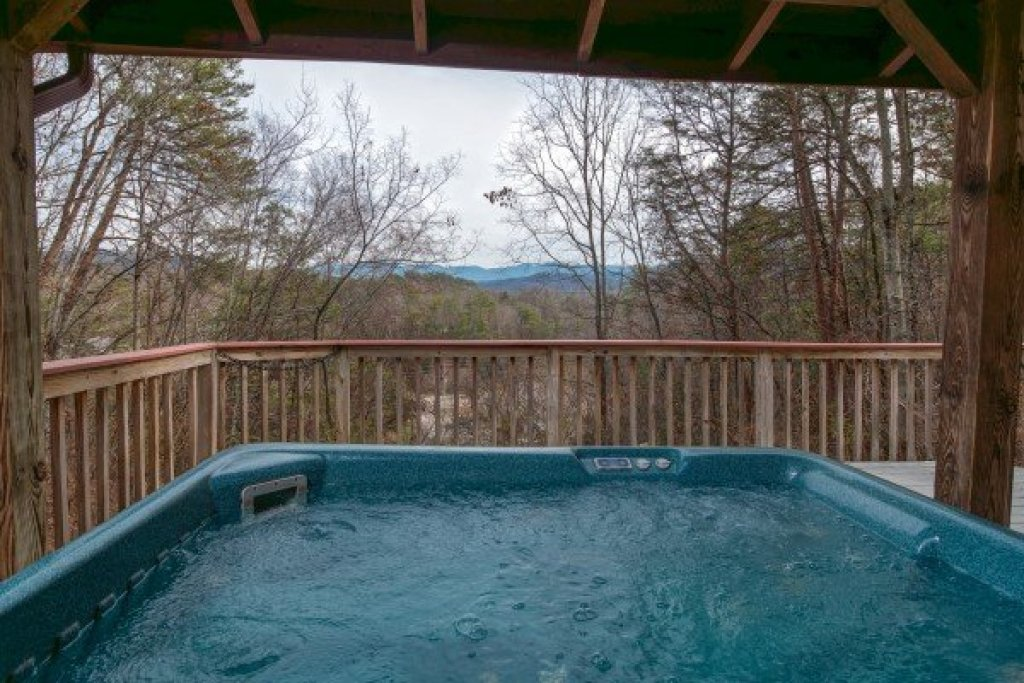 Photo of a Pigeon Forge Cabin named Beary Good Time - This is the twelfth photo in the set.