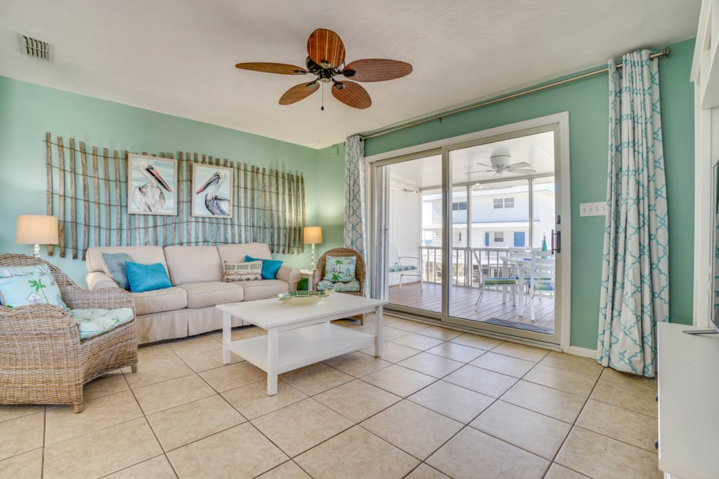 Photo of a Cape San Blas Condo named Unwind - This is the second photo in the set.