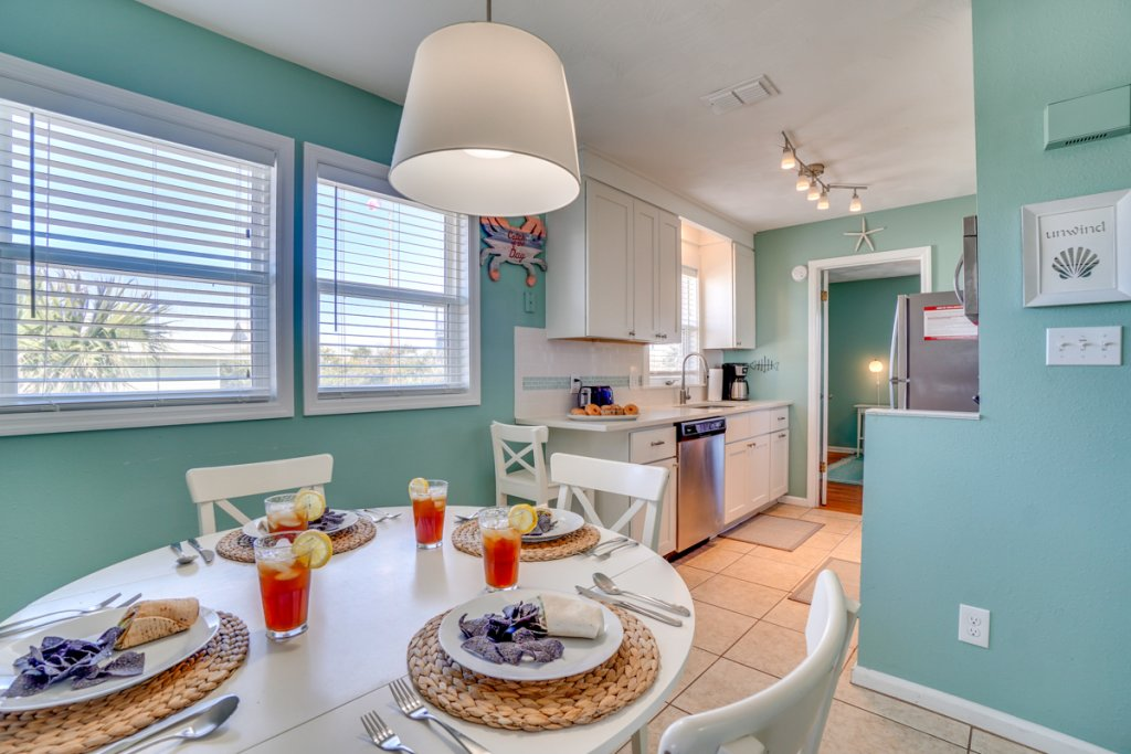 Photo of a Cape San Blas Condo named Unwind - This is the sixth photo in the set.