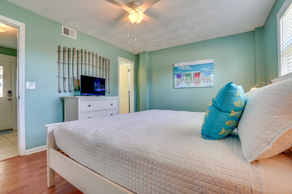 Photo of a Cape San Blas Condo named Unwind - This is the eleventh photo in the set.