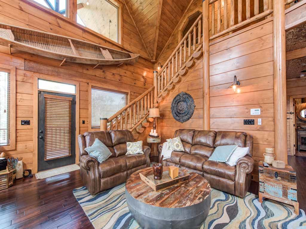 Photo of a Gatlinburg Cabin named Bear Elegance - This is the fourth photo in the set.