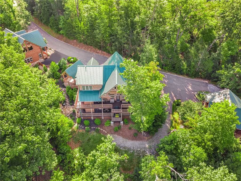 Photo of a Gatlinburg Cabin named Bear Elegance - This is the forty-first photo in the set.