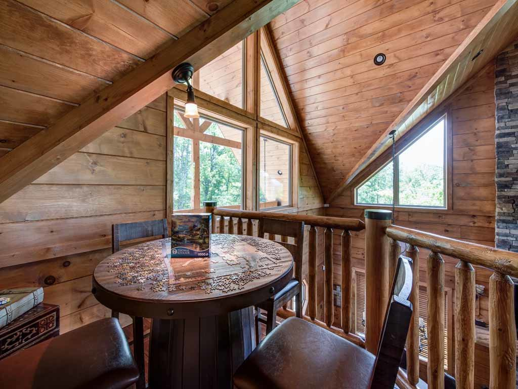 Photo of a Gatlinburg Cabin named Bear Elegance - This is the twenty-eighth photo in the set.