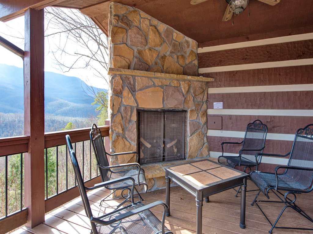 Photo of a Gatlinburg Cabin named Resting Bears - This is the twenty-second photo in the set.