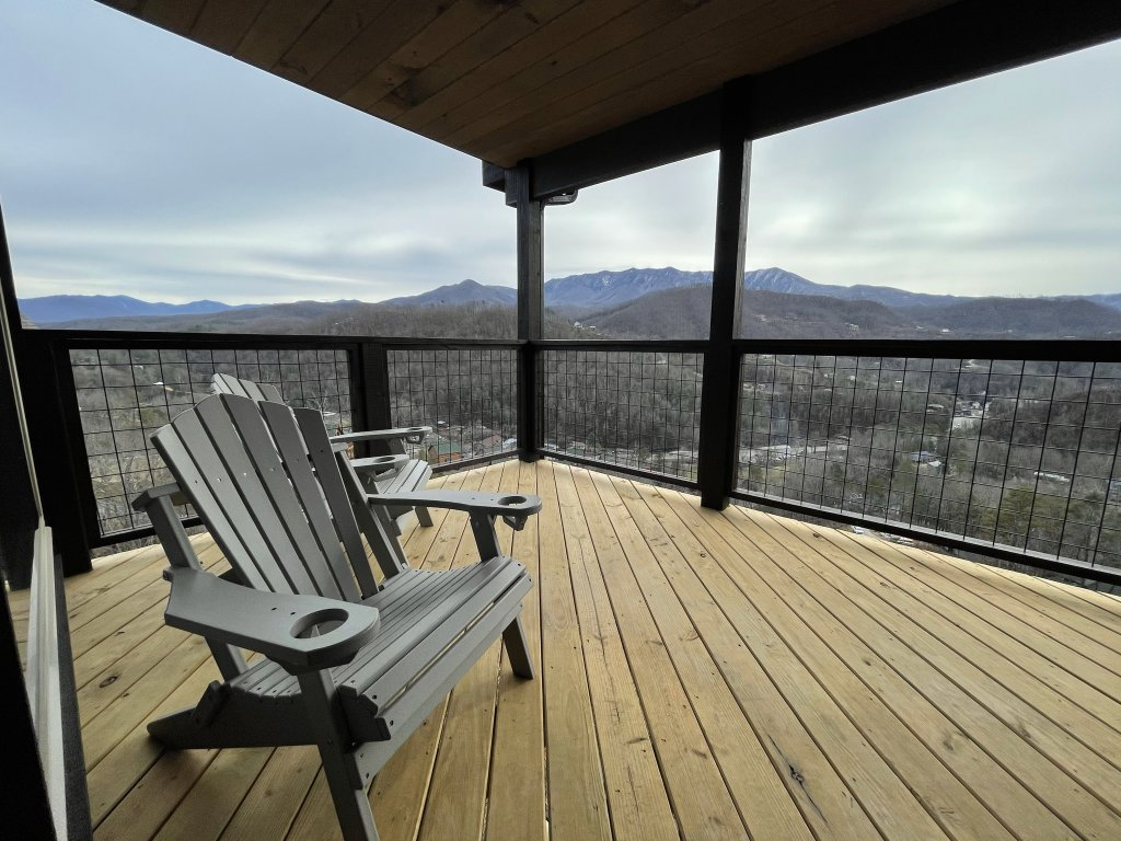 Photo of a Gatlinburg Cabin named Love On The Horizon - This is the eighty-third photo in the set.