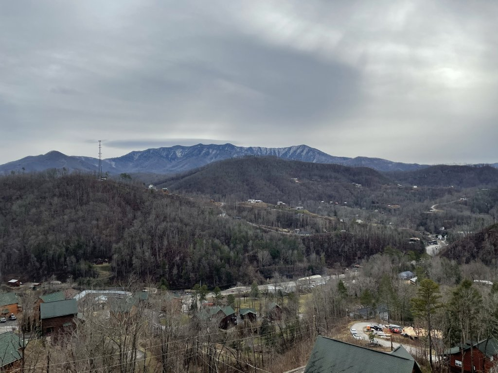 Photo of a Gatlinburg Cabin named Love On The Horizon - This is the fifty-fifth photo in the set.