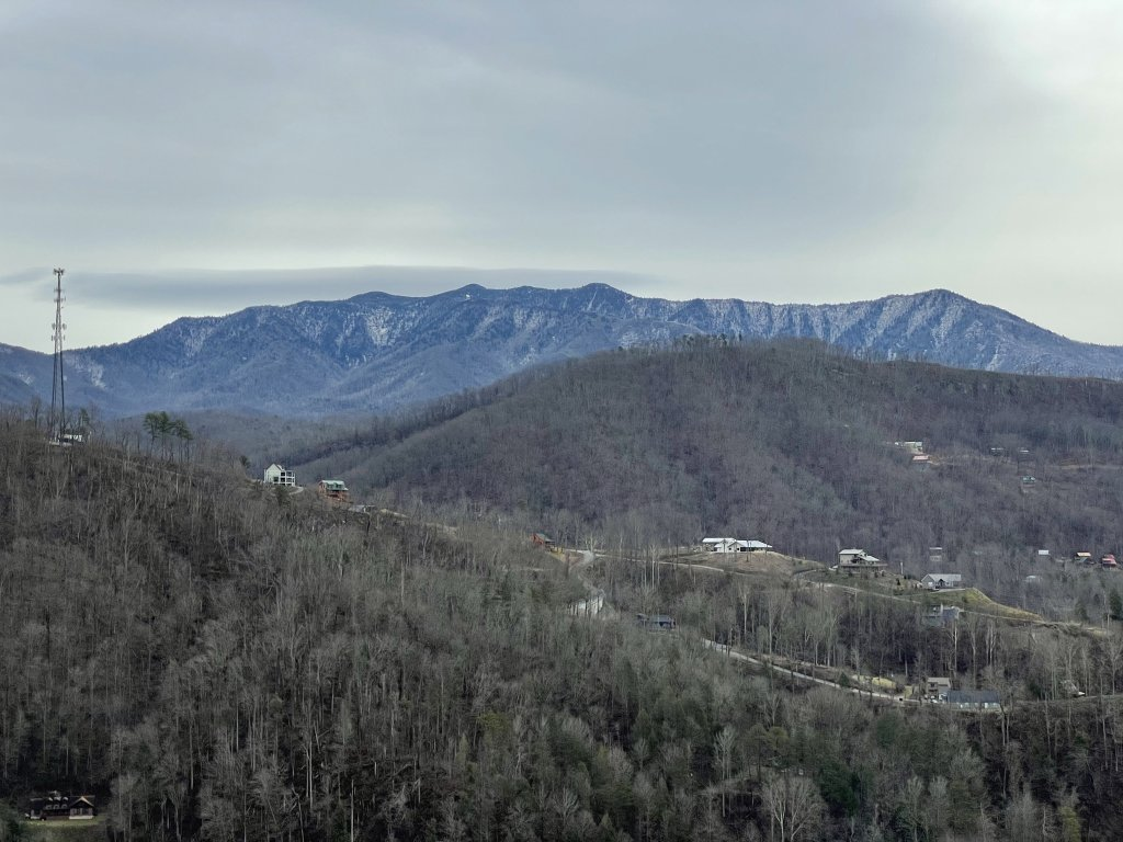 Photo of a Gatlinburg Cabin named Love On The Horizon - This is the fifty-sixth photo in the set.