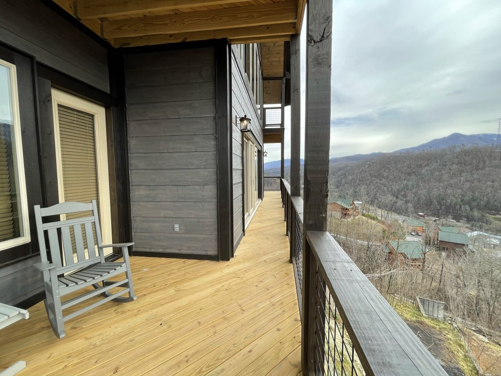 Photo of a Gatlinburg Cabin named Love On The Horizon - This is the fifty-seventh photo in the set.