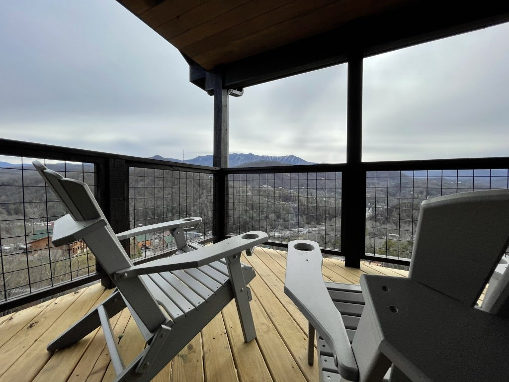 Photo of a Gatlinburg Cabin named Love On The Horizon - This is the eighty-fourth photo in the set.