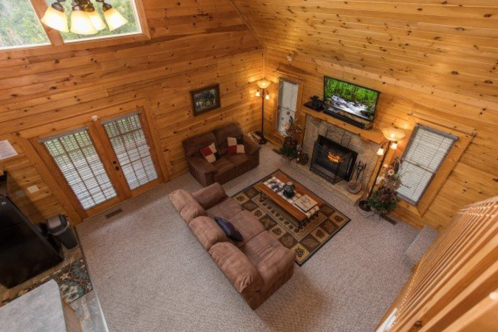 Photo of a Sevierville Cabin named Eagle's Nest - This is the eighteenth photo in the set.