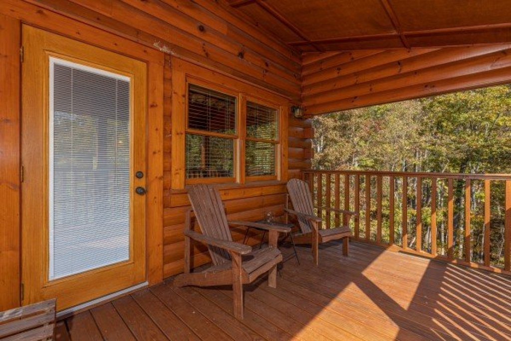 Photo of a Gatlinburg Cabin named Sensational Views - This is the sixteenth photo in the set.