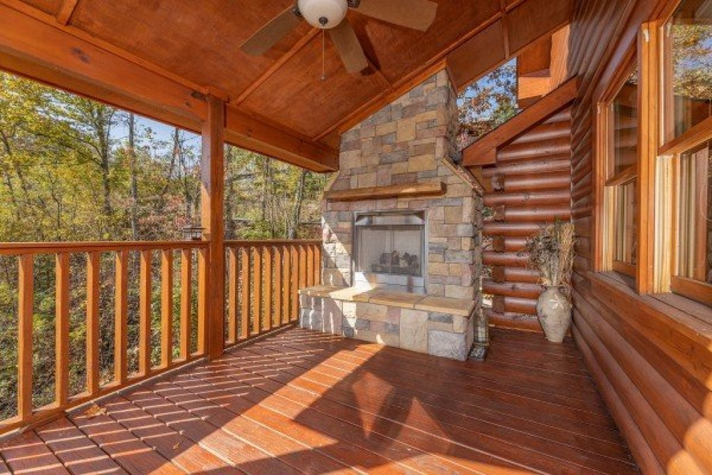 Photo of a Gatlinburg Cabin named Sensational Views - This is the twenty-first photo in the set.