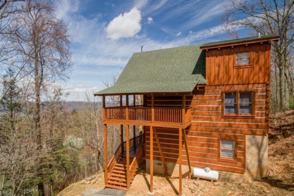Photo of a Gatlinburg Cabin named Ella-vation - This is the twenty-eighth photo in the set.