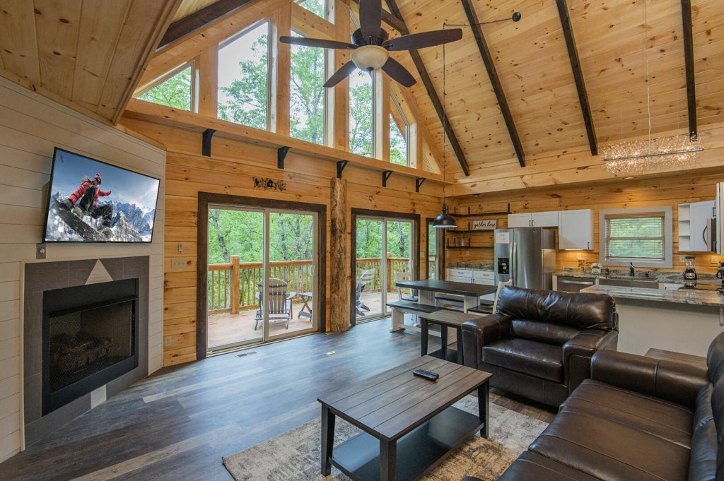 Photo of a Sevierville Cabin named  Best Days - This is the third photo in the set.