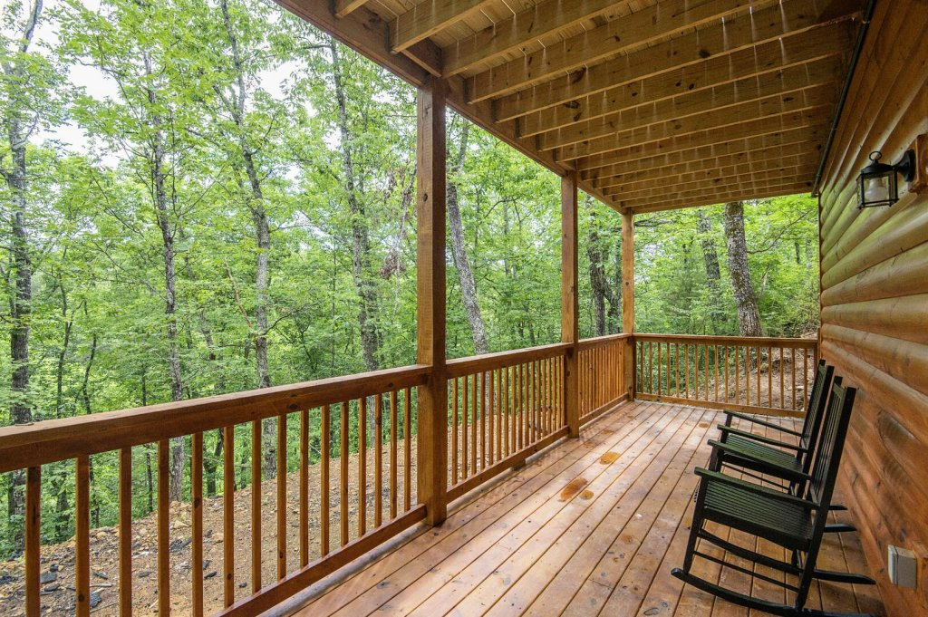 Photo of a Sevierville Cabin named  Best Days - This is the thirty-eighth photo in the set.