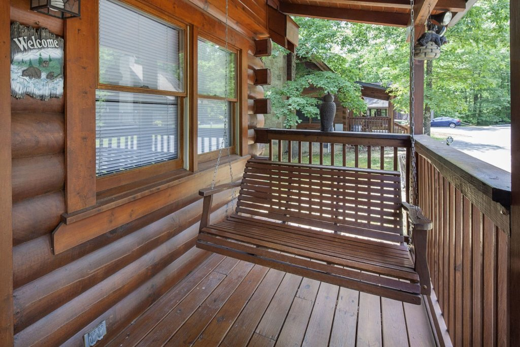 Photo of a Pigeon Forge Cabin named  Eagles Point - This is the eighth photo in the set.