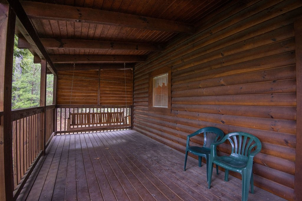 Photo of a Pigeon Forge Cabin named  The Getaway - This is the sixteenth photo in the set.