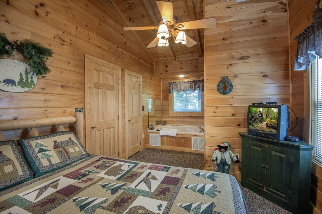 Photo of a Pigeon Forge Cabin named  The Getaway - This is the twentieth photo in the set.