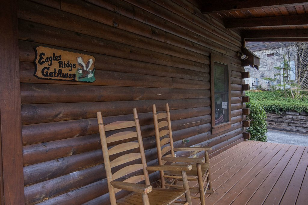 Photo of a Pigeon Forge Cabin named  The Getaway - This is the twenty-seventh photo in the set.