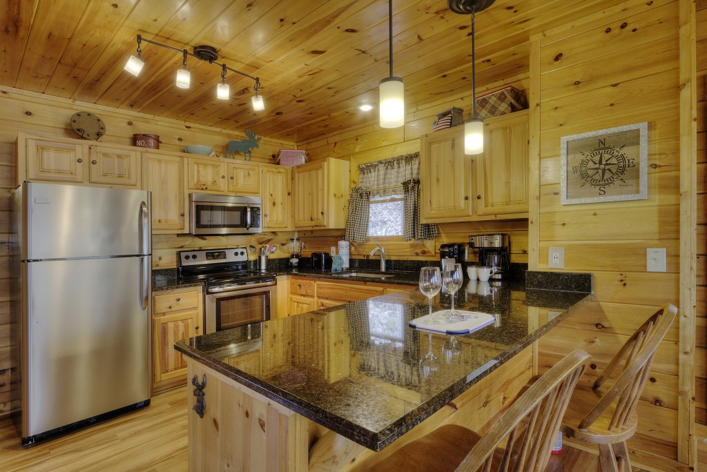 Photo of a Pigeon Forge Cabin named Sunrise To Stardust - This is the thirteenth photo in the set.