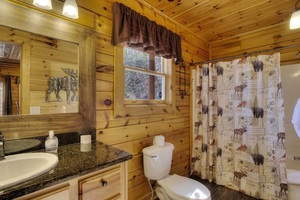 Photo of a Pigeon Forge Cabin named Sunrise To Stardust - This is the fifteenth photo in the set.