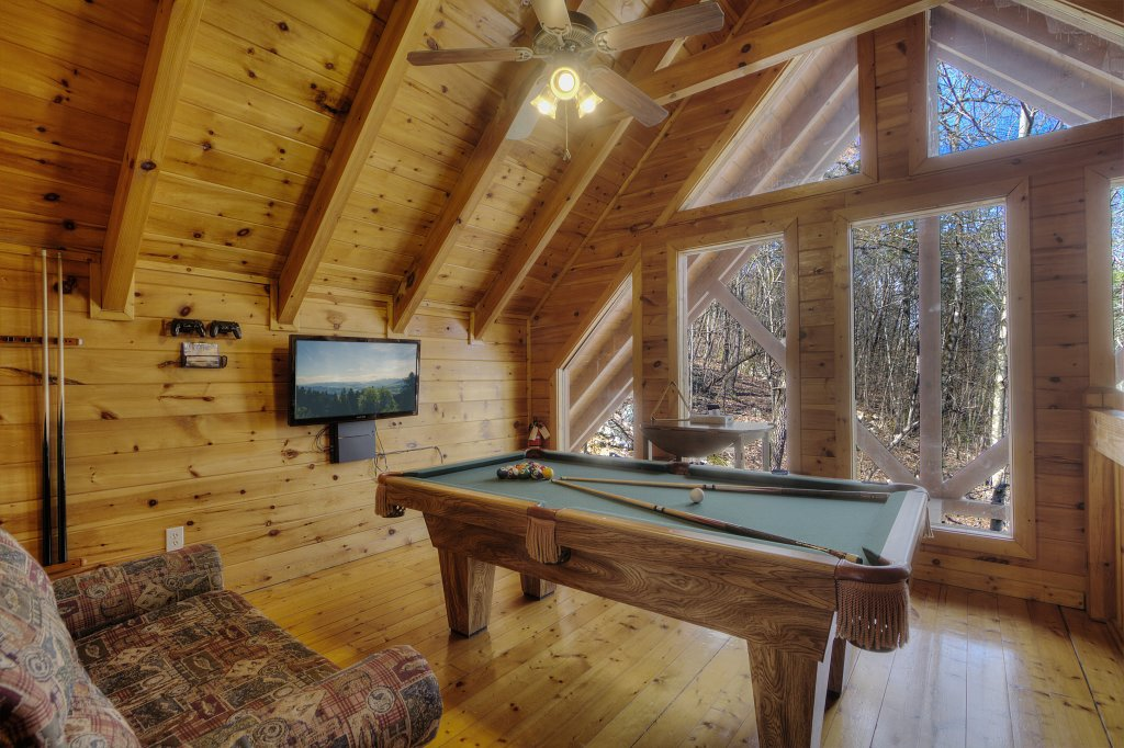 Photo of a Pigeon Forge Cabin named Sunrise To Stardust - This is the nineteenth photo in the set.
