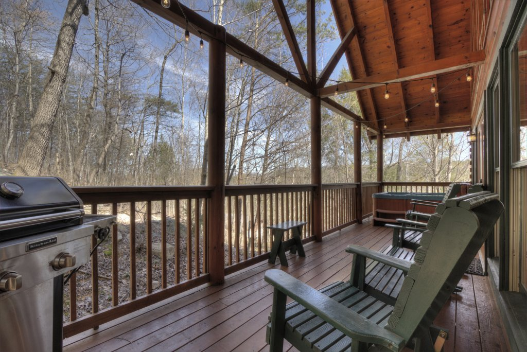 Photo of a Pigeon Forge Cabin named Sunrise To Stardust - This is the twenty-eighth photo in the set.