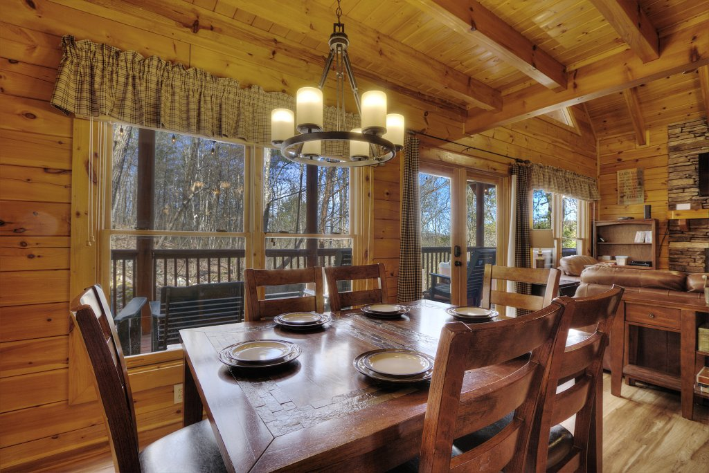Photo of a Pigeon Forge Cabin named Sunrise To Stardust - This is the forty-ninth photo in the set.