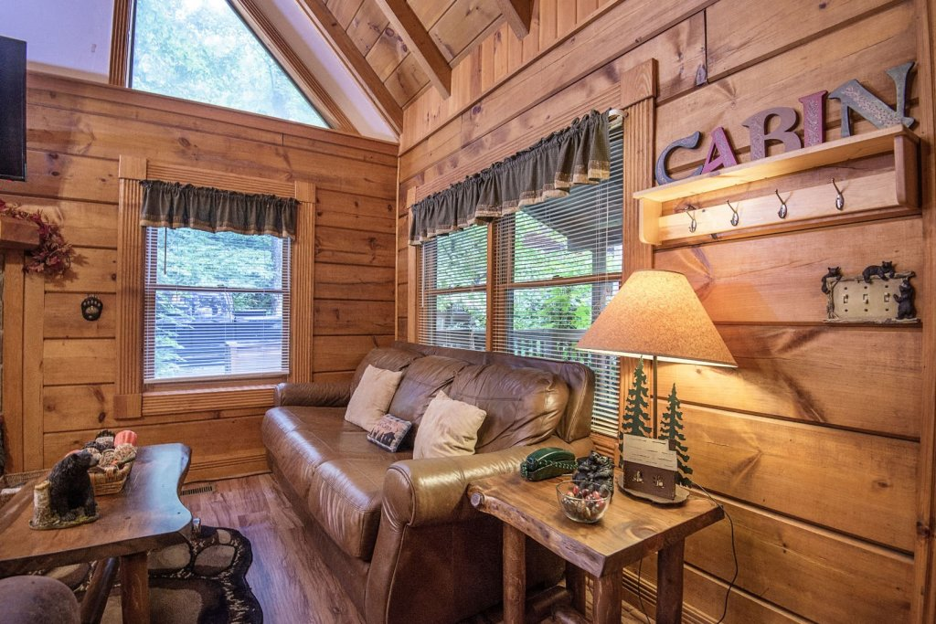 Photo of a Pigeon Forge Cabin named  Natures Grace Retreat - This is the fifth photo in the set.