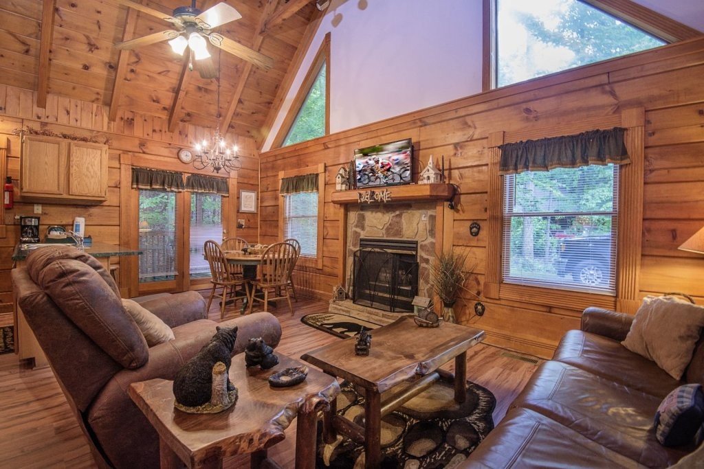 Photo of a Pigeon Forge Cabin named  Natures Grace Retreat - This is the twelfth photo in the set.