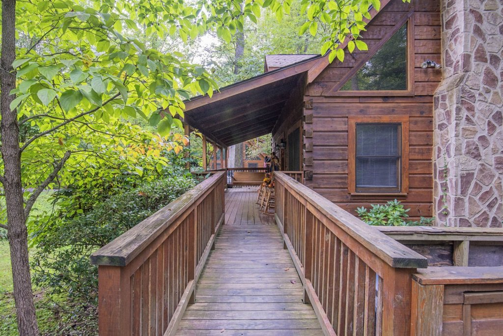 Photo of a Pigeon Forge Cabin named  Natures Grace Retreat - This is the thirty-third photo in the set.