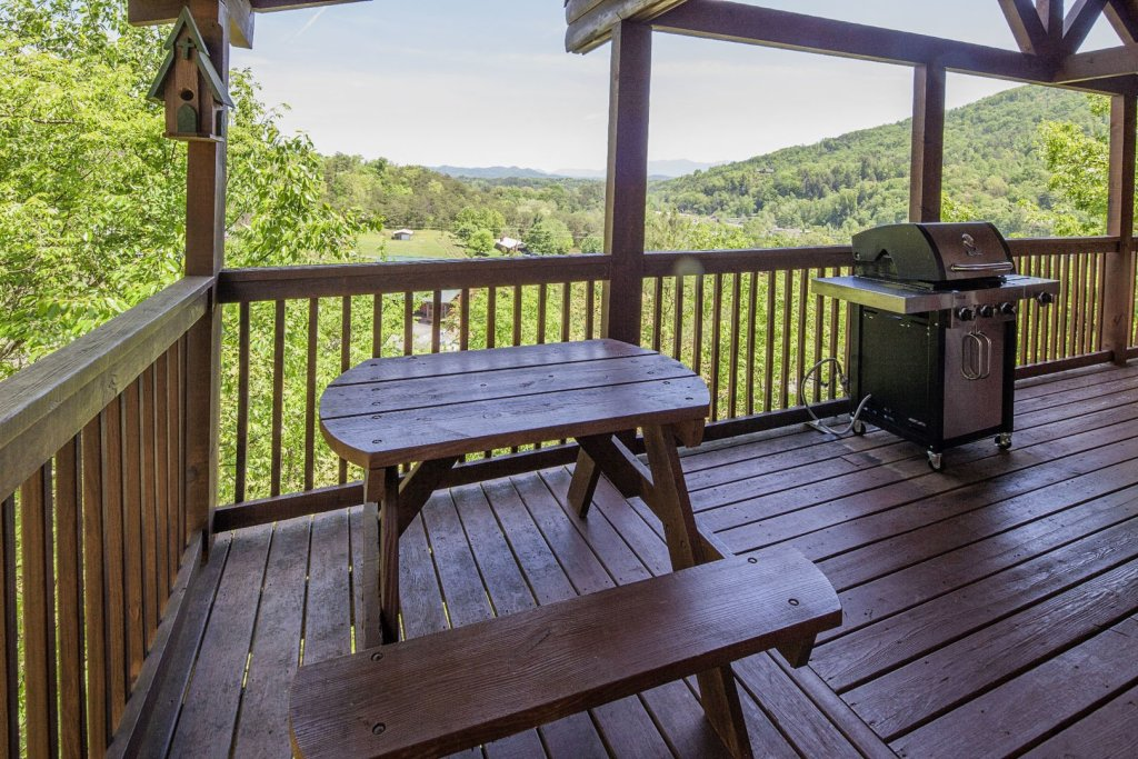 Photo of a Sevierville Cabin named  Absolute Paradise - This is the twenty-first photo in the set.