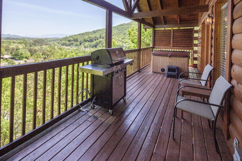 Photo of a Sevierville Cabin named  Absolute Paradise - This is the twentieth photo in the set.